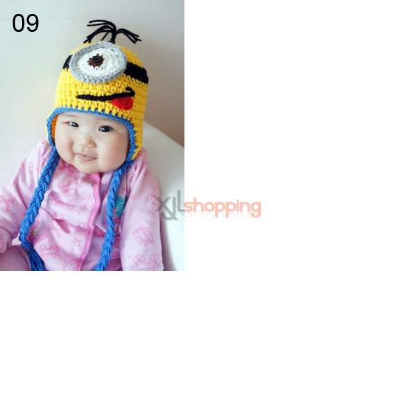 Hand-knitted hat small yellow people